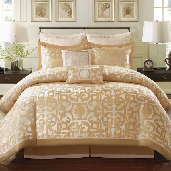 Madison Park Signature Castello 8 Piece Comforter Set