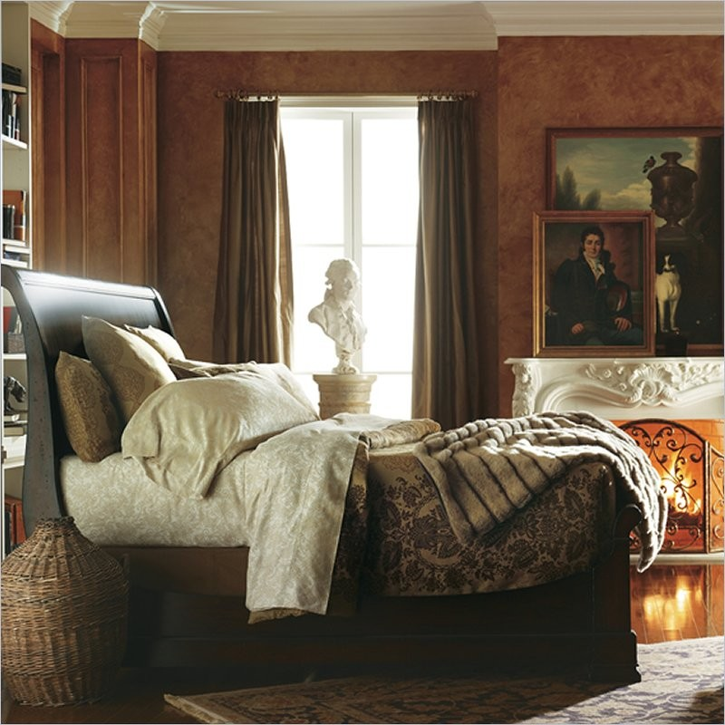 Louis Philippe Queen Sleigh Bed in Orleans by Stanley Furniture